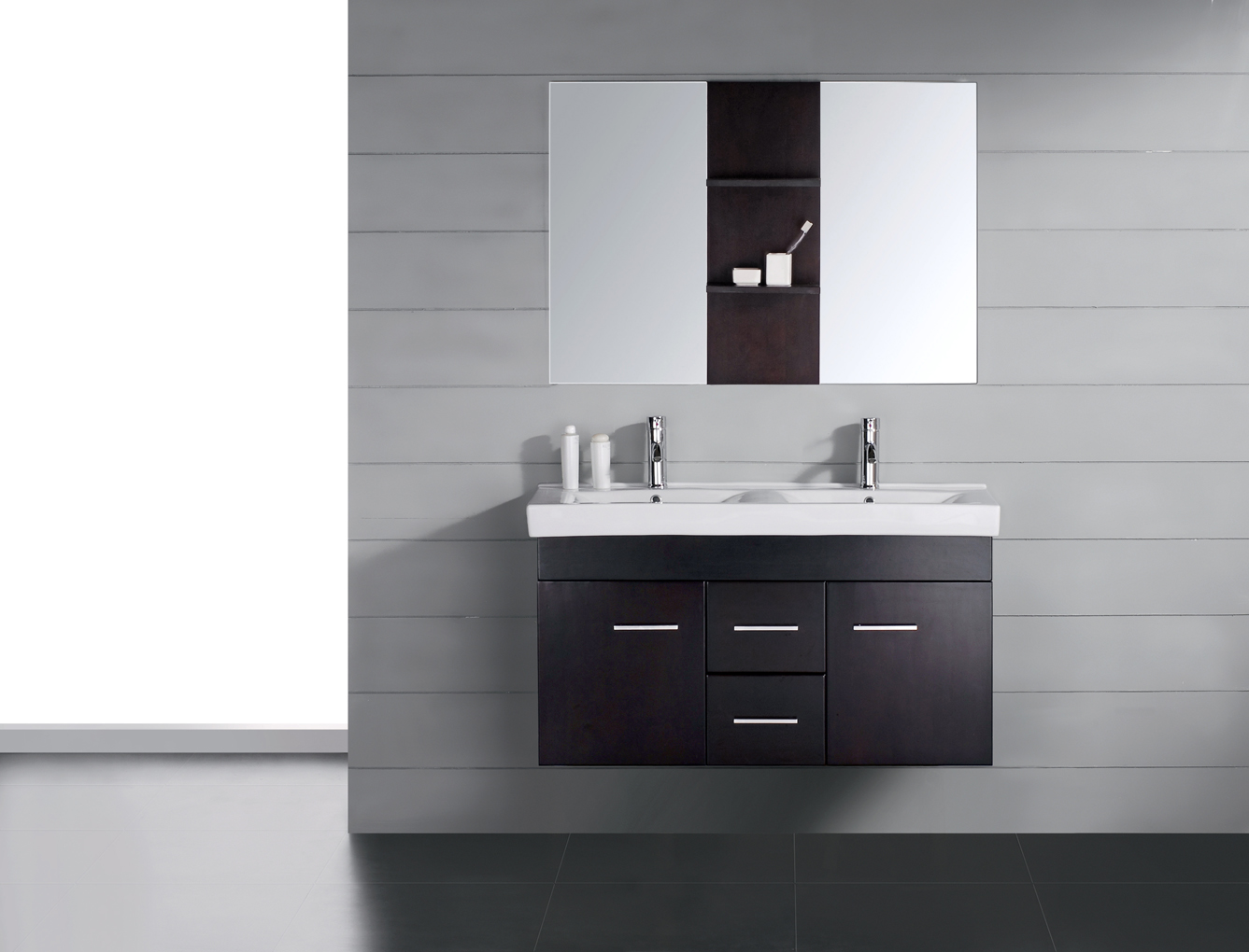 Modern bathroom vanity luna for Bathroom cabinets modern