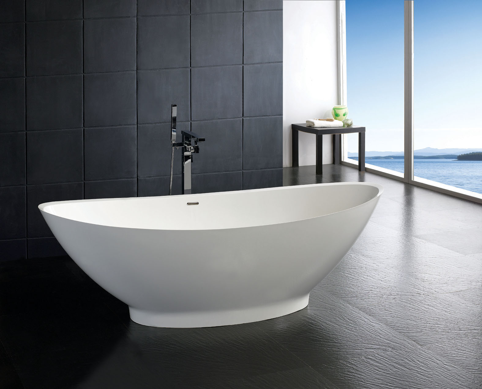 Esperia luxury modern bathtub 74 for Soaking tub vs bathtub