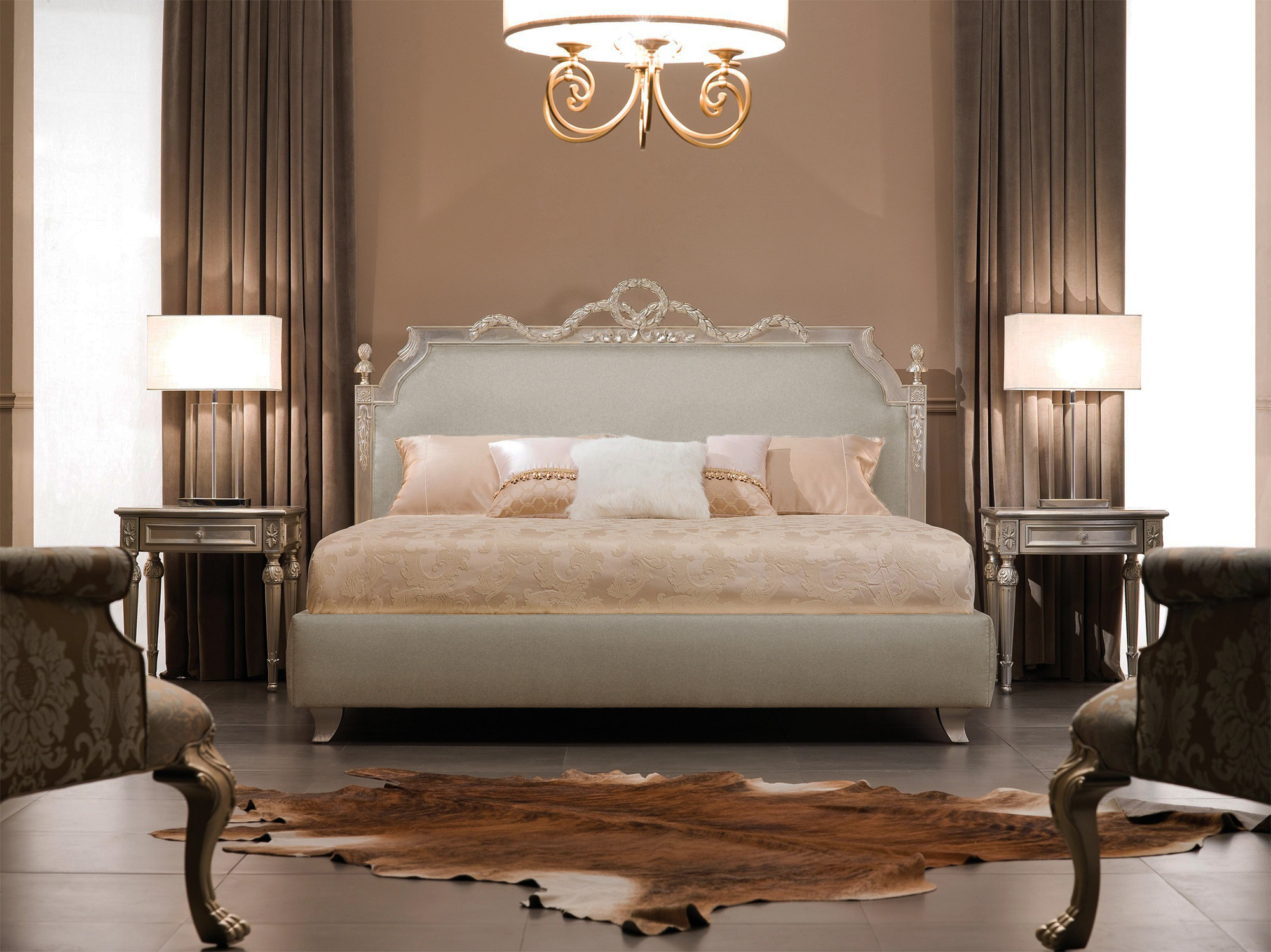 Luxury Bedroom Furniture Designer Bed Featuring Baroque Bedroom Set