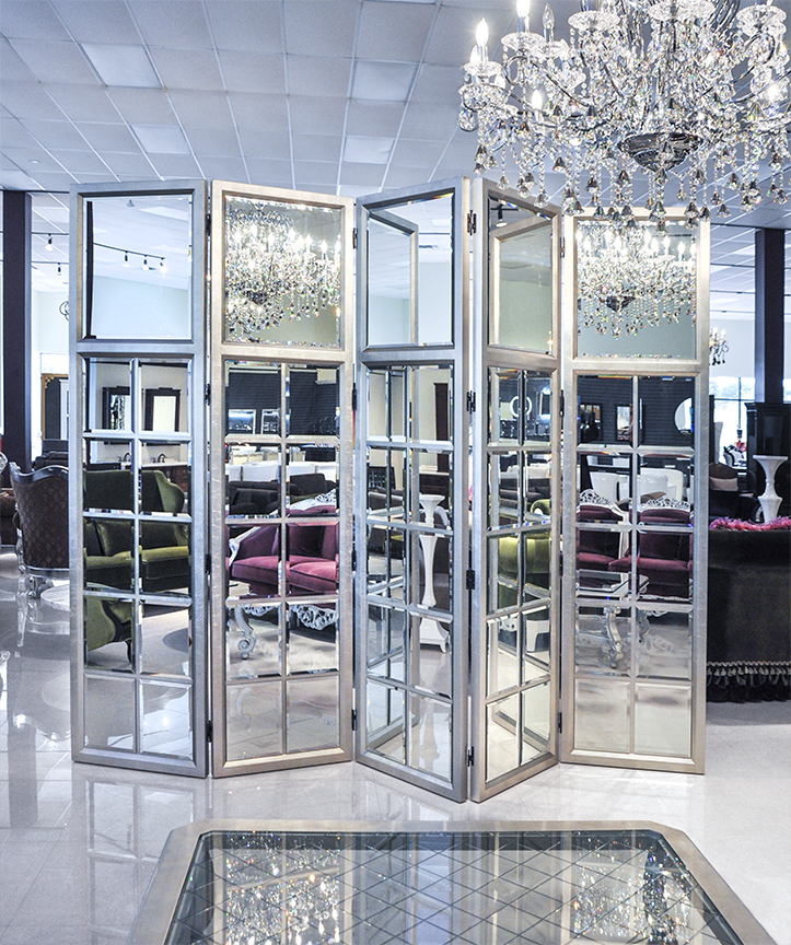 Mirror Room: Room Divider Screens