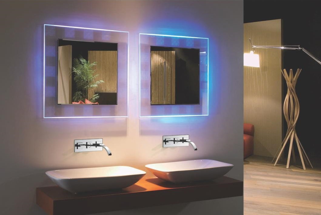 bellissimo ii backlit mirror rgb colored led mirror w remote control. Black Bedroom Furniture Sets. Home Design Ideas