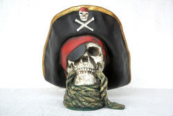Pirate Skull Head with Rope Statue