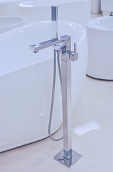 Canazei Freestanding Tub Faucet Polished Chrome