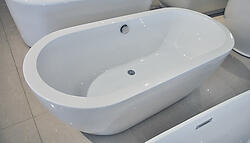 Biagio Acrylic Modern Freestanding Soaking Bathtub 68