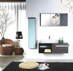 Modern Bathroom Vanity Set - Torrazza II