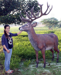 Red Deer Stag Statue - 7 ft.