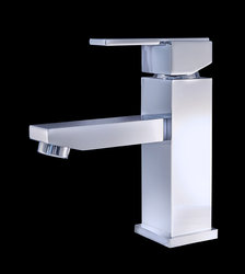 Chrome-Finish-Modern-Bathroom-Faucet-Bianze11.jpg